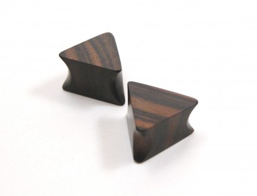 Macassar triangle plugs 20 mm