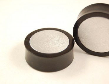 Plugs ebony/metal 32 & 34 mm